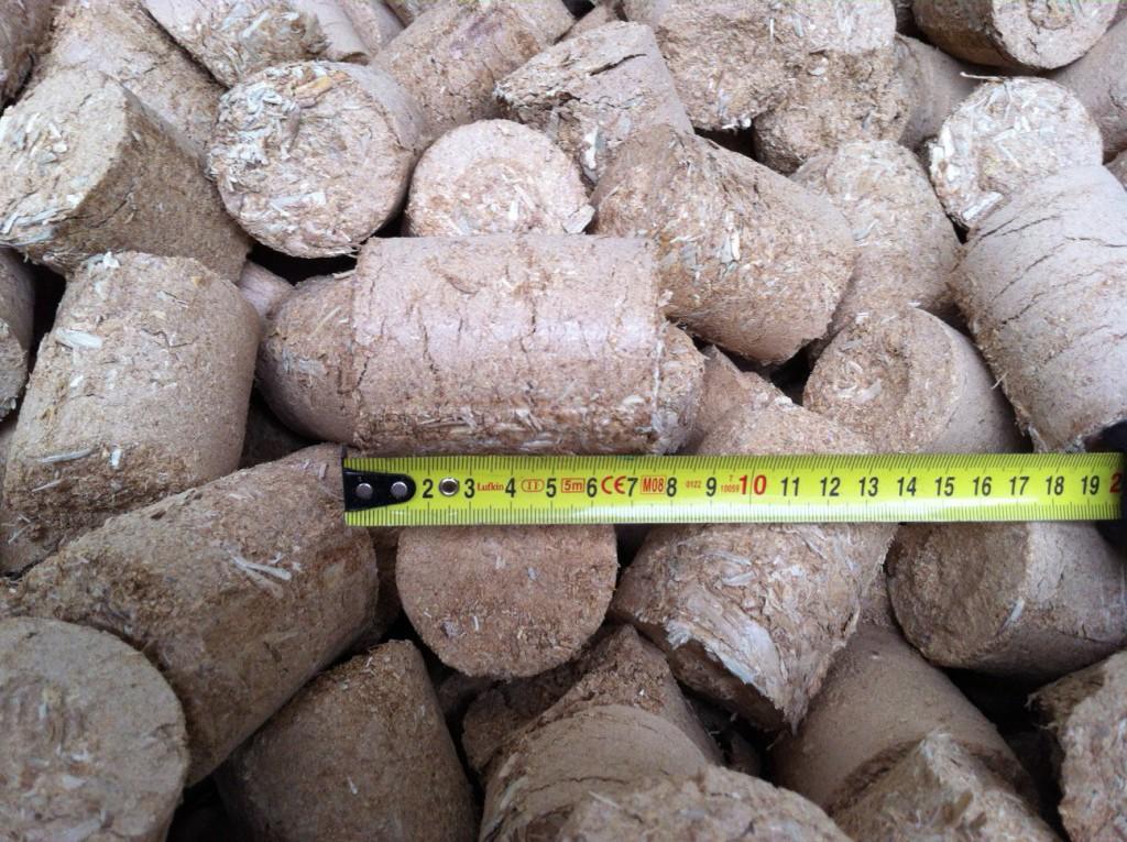 Houtbriketten ø 6 cm | 15 Kg - Leelant Haardhout ... Leelant